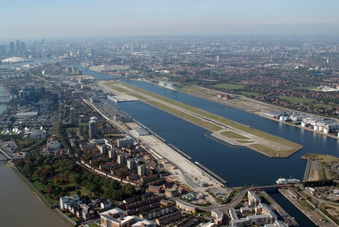 London City Airport, Англия