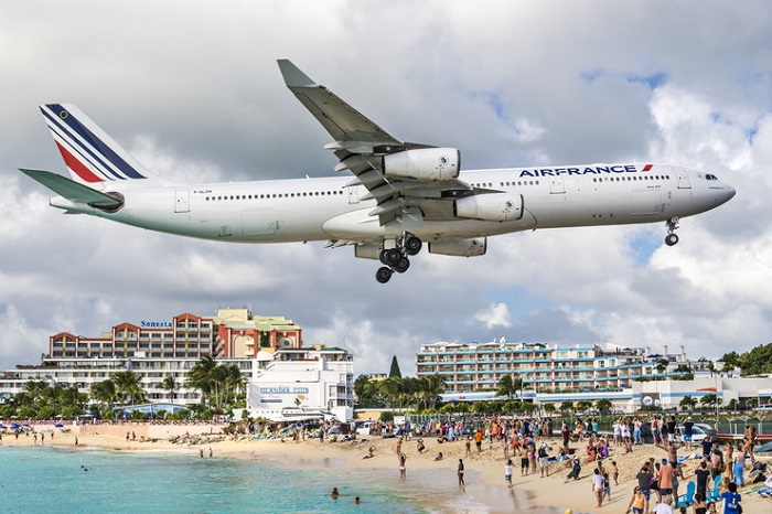 Princess Juliana International, Сен Мартен